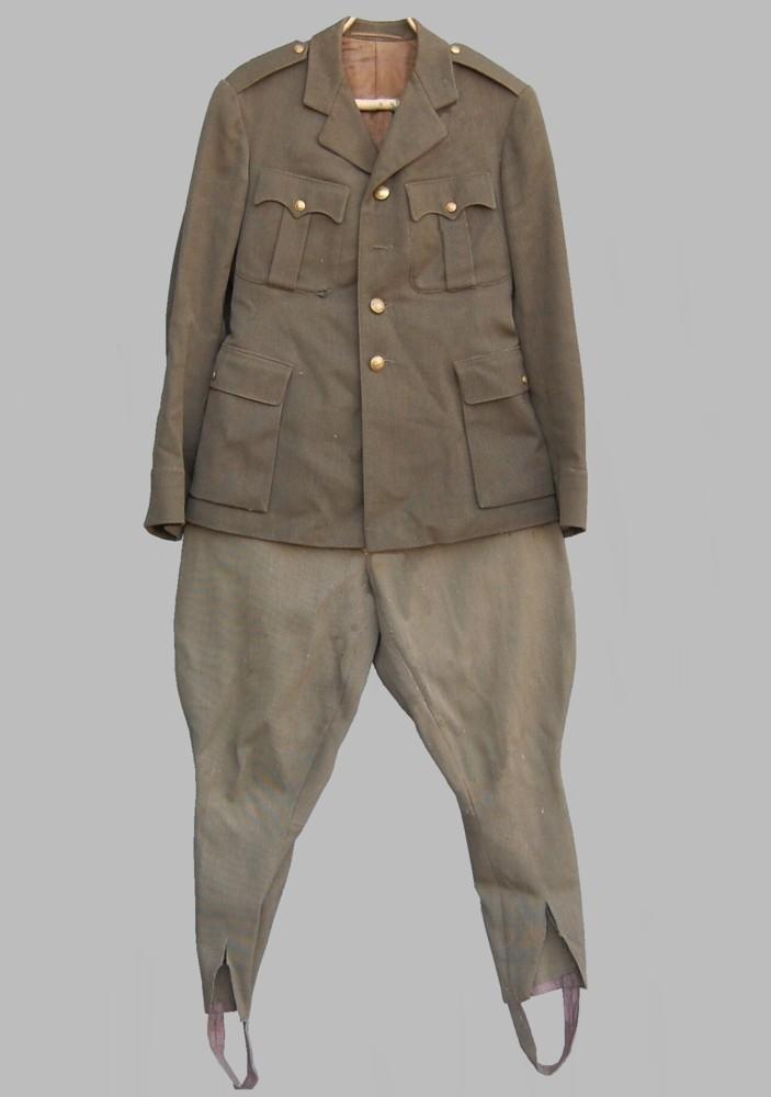 2ca32506e14 1936. aasta Kaitseväe vormikuub ja püksid
